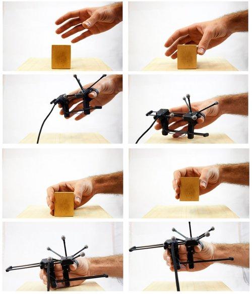 VR内の仮想物体をつかんだ時の「把握力」と「重さ」の2つをシミュレートする装着可能な触覚デバイス