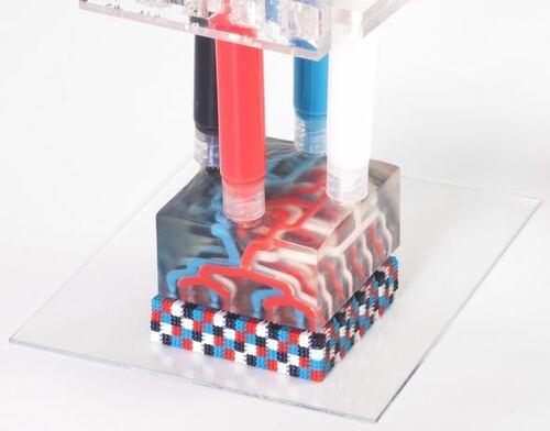 複数インクを高速切り替えできる3Dプリンタ